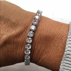 Jewelry - 18ct brilliant cut AAA CZ tennis bracelet